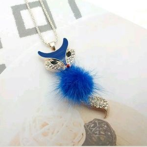Unbranded Jewelry - Gorgeous Blue Fox Sweater Necklace